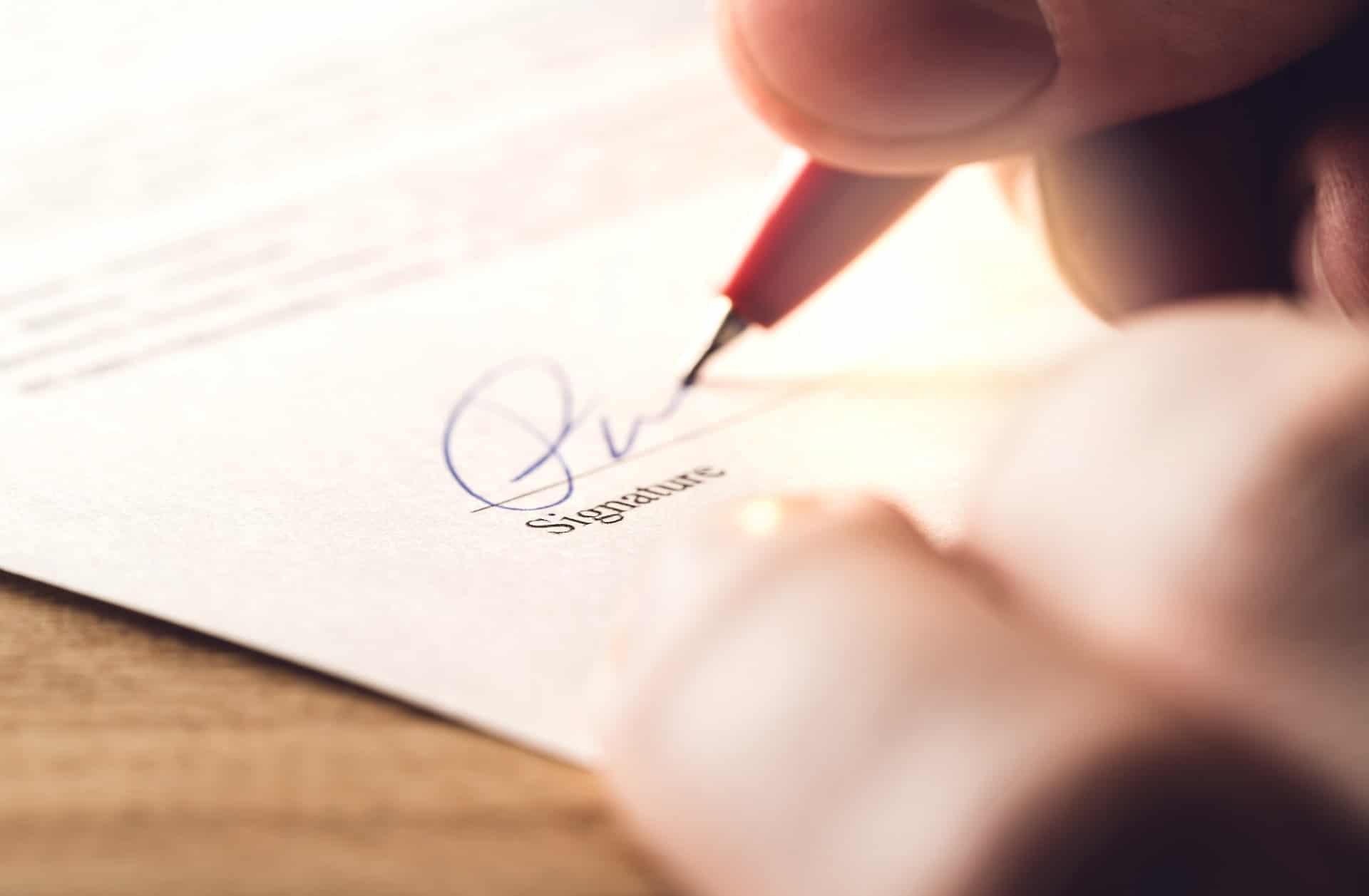 How Do Insurance Companies Determine Settlement Amounts